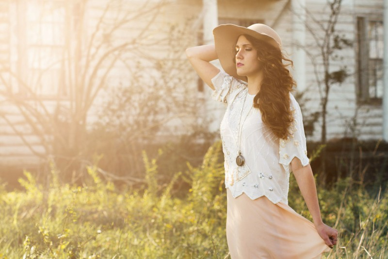 How to Add Sunlight to Photos with Gradient Fill in